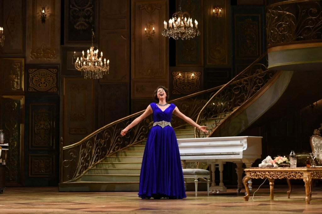 Lisette Oropesa stars as Violetta in Opera Philadelphia's LA TRAVIATA (Photo credit: Kelly & Massa)
