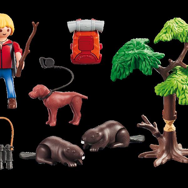 Beavers with Backpacker Figure-03