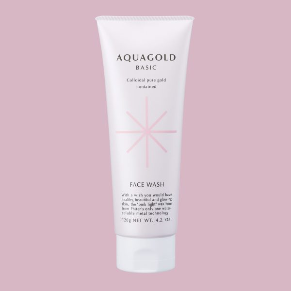Aqua Gold Face Wash cleans out oil and dirt from the surface.