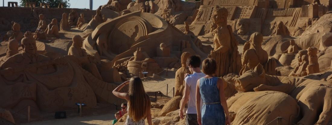 Siste dag: Sand World og 04:30