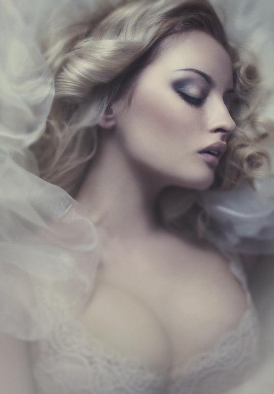 Beauty by Katarzyna Widmanska