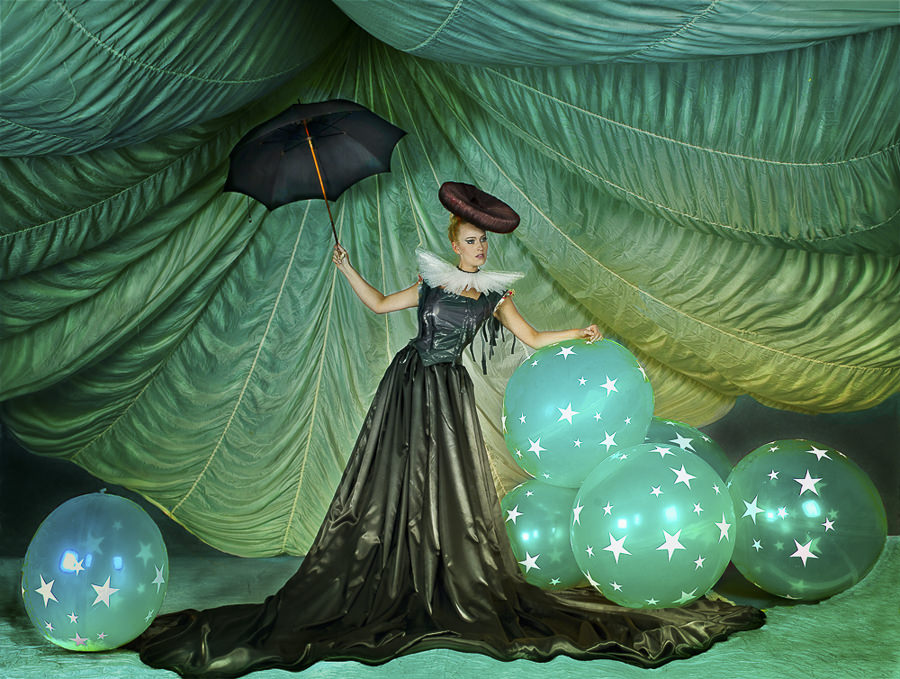 Balloons by Peter Kemp