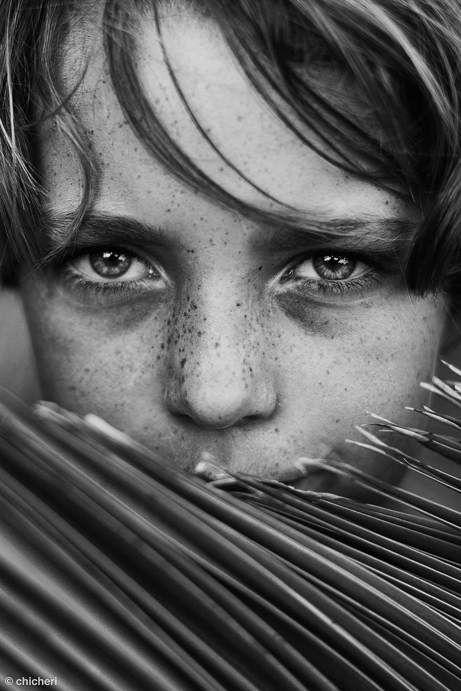 Shadows by Raquel Chicheri