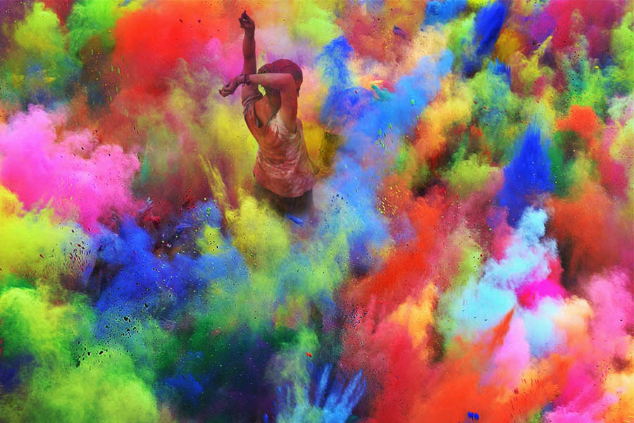 Color Dust Holi 2014 in India by Victor Habchy