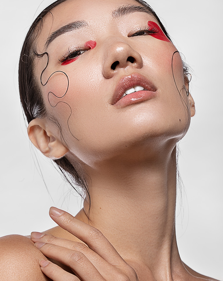 Professional Beauty Retouching in Photoshop  PHLEARN
