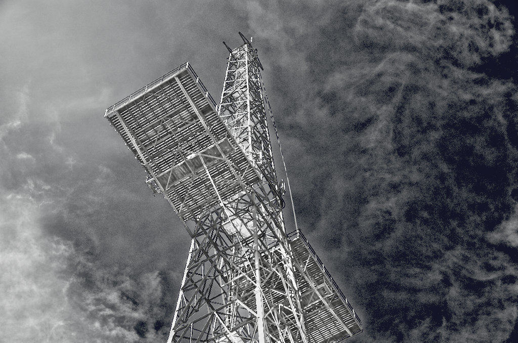 communication tower steginot