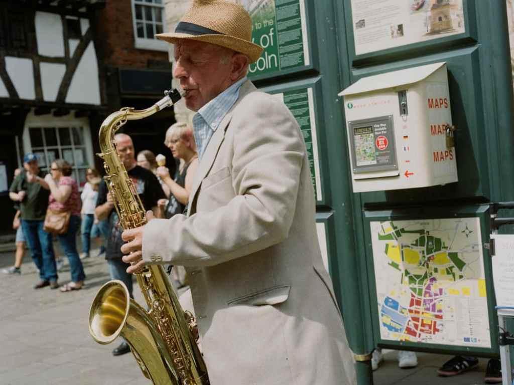 phlogger medium format shot of saxophone player