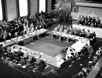 Genève Akkoorden 1954 (foto: US Army Photograph/Public domain)