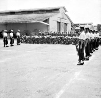 Ceremonie overgave Japanners aan Britten in Saigon 1945 (foto: Imperial War Museum/Public domain)