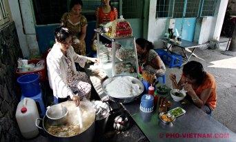 Een pho-kraampje in Saigon (foto: Pho Vietnam © Kim Le Cao)