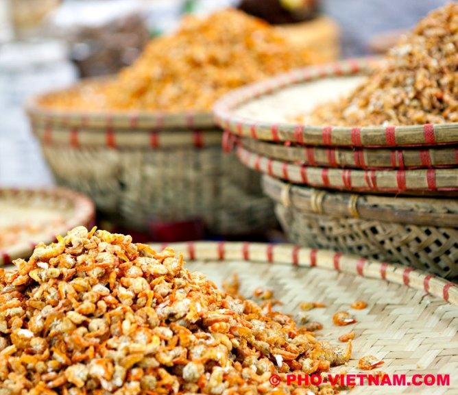 Gedroogde garnalen (foto: Pho Vietnam © Kim Le Cao)