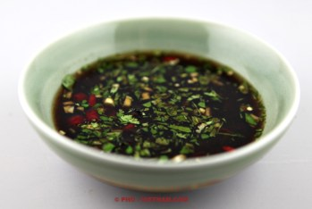 Tamarind fish sauce dipping Mam me (foto: Pho Vietnam © Kim Le Cao)