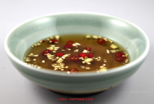 Basic fish sauce dipping Nuoc cham (foto: Pho Vietnam © Kim Le Cao)