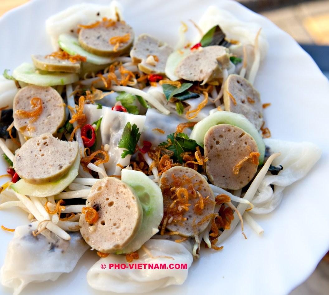 Banh cuon cha Hue (photo: Kim Le Cao © Pho Vietnam)