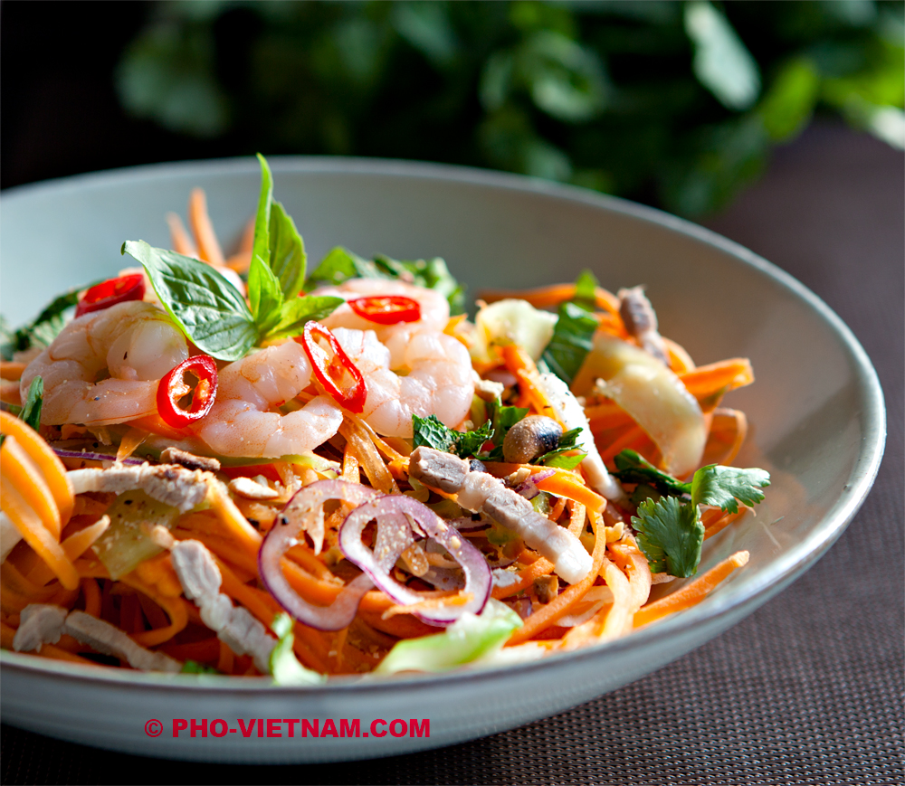 Schaal Goi tom (foto: Pho Vietnam © Kim Le Cao)
