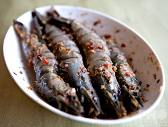 Giant gambas marinated in Sa te (photo: Kim Le Cao © Pho Vietnam)