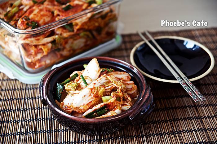 배추 막김치   포기 김치 보다 시간도 덜 걸리고 손도 덜 가서 자주 담그는 김치입니다. 국수랑 함께 하면 더욱 맛나지요. http://phoebescafe.com/배추-막김치/