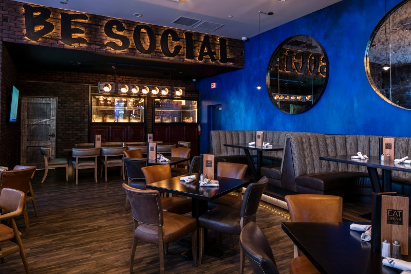 5 Local Restaurants to Watch the Bowl Games: Social Tap Eatery
