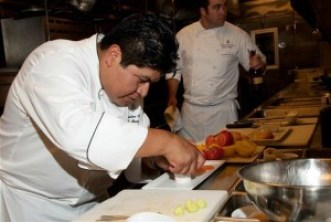 Weekend-Jetaway-Four-Seasons-Chef-Mel-Mecinas