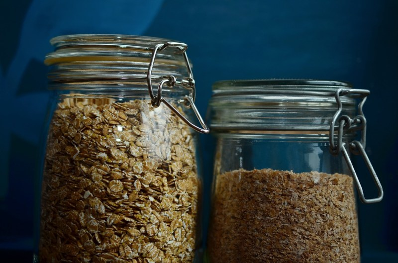 Oatmeal: Foods that help to ease anxiety