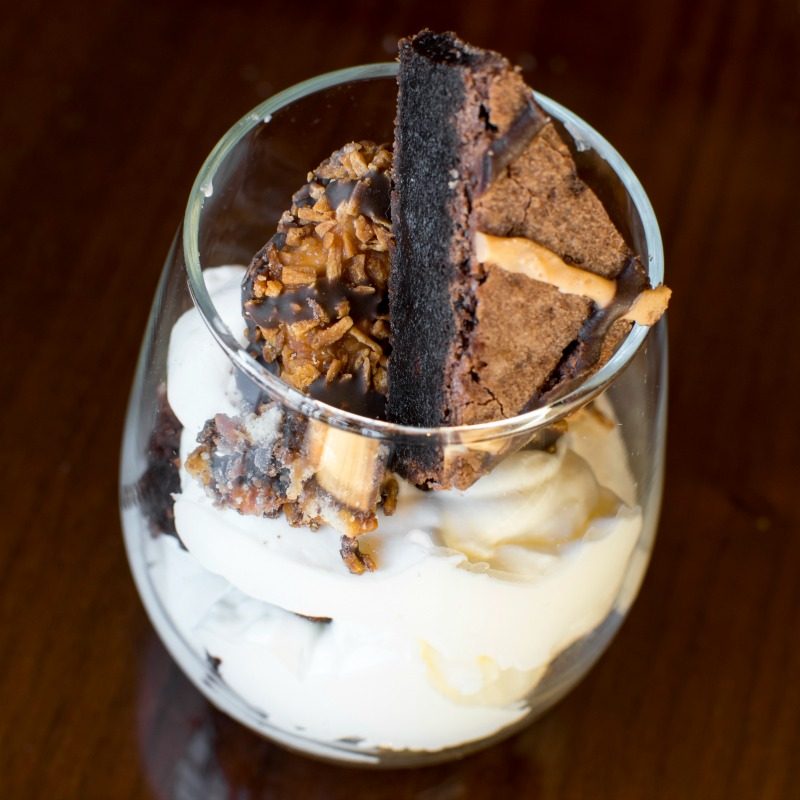 347 Grill's UltraStar Samoa Brownie Parfait