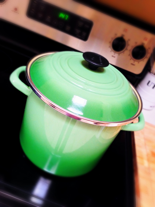 Le Creuset 8 Qt Stockpot in Rosemary