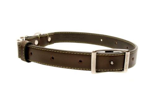 brown collar