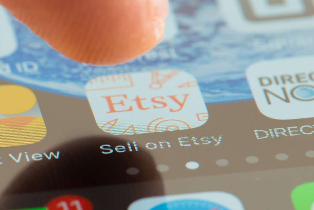 Do I need a business license to sell on Etsy? Do you need a business license to sell on Etsy? Business License, Phoenix Narrative