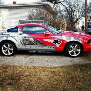 Custom-Car-By-NFL-Teams