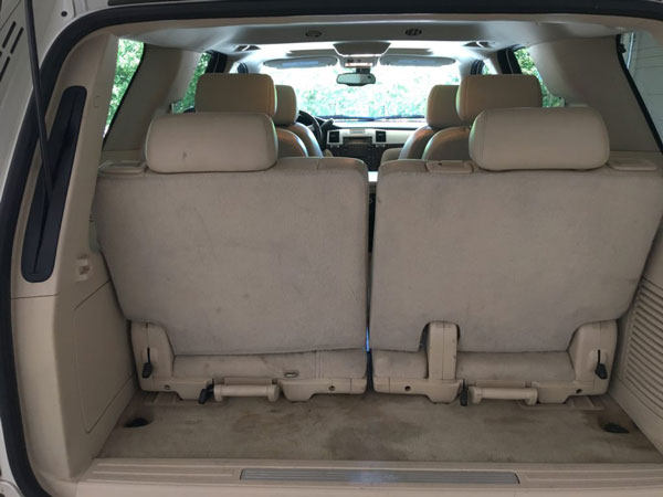 Image of cargo area of Cadillac Escalade