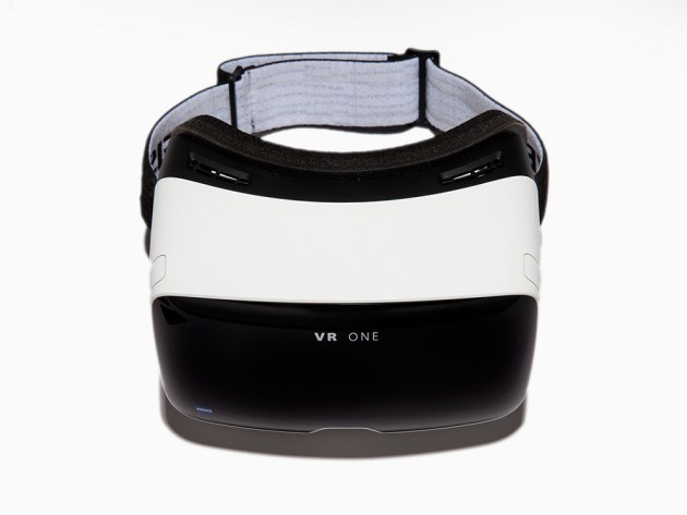 Carl Zeiss - VR One
