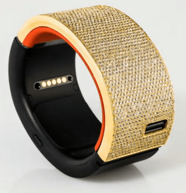 PULS Smartwatch - Gold with Diamonds