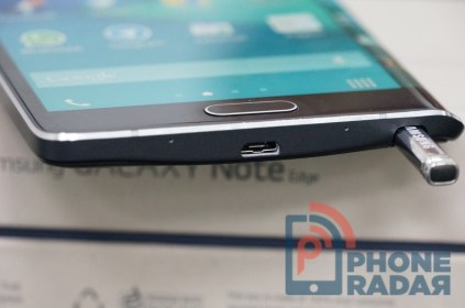 Samsung Galaxy Note Edge Bottom