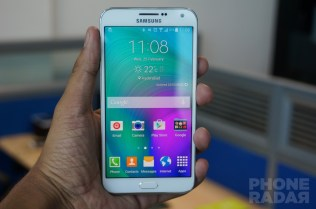 Samsung Galaxy E7 Hands-on Front