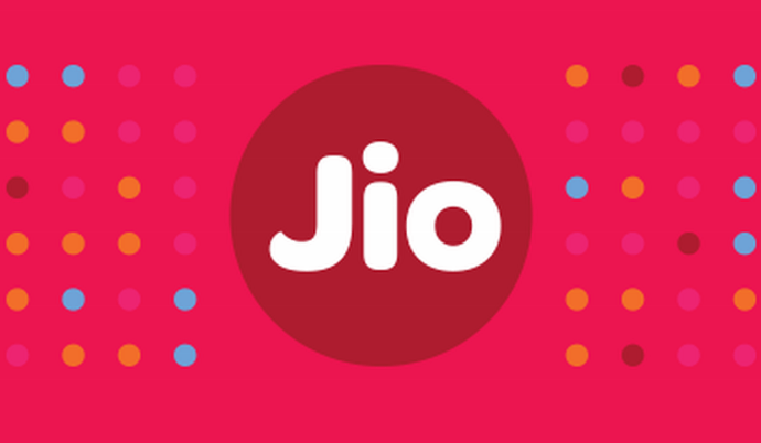 How to find your Jio 4G Data Balance & Upgrade Packs on MyJio App ...