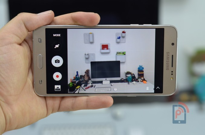 Samsung Galaxy J7 2016 - Camera App