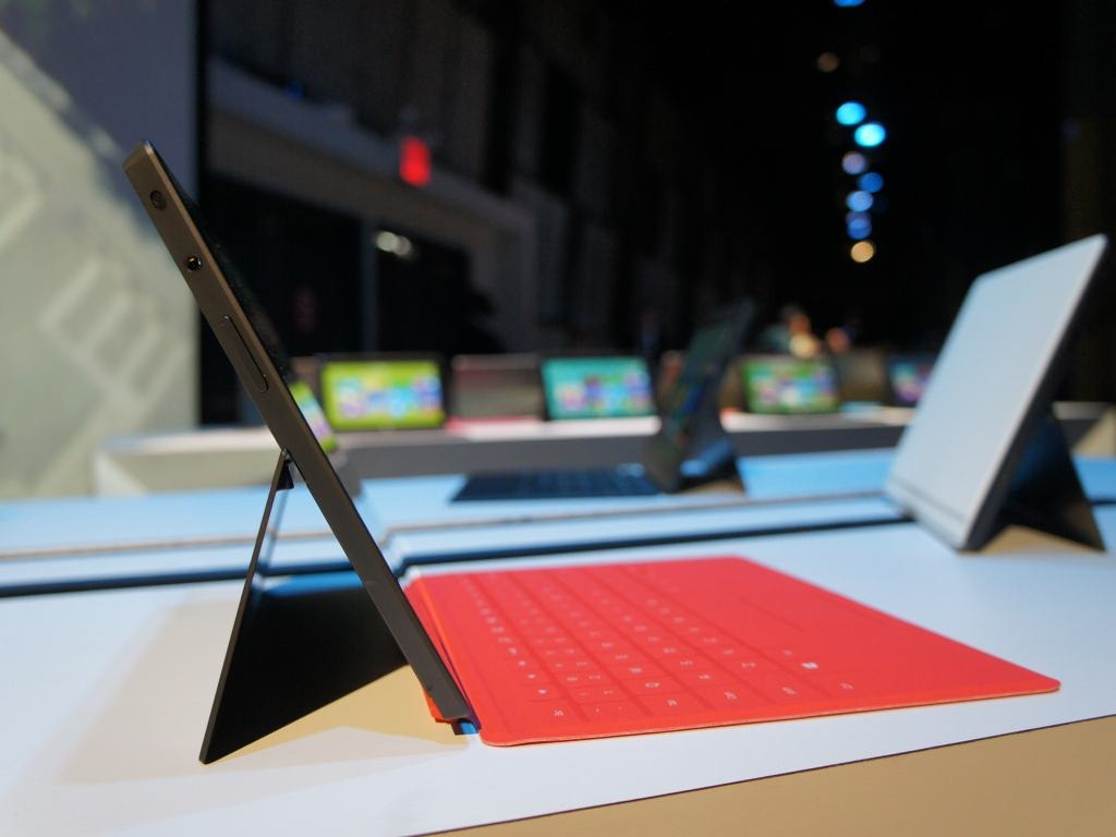 Tablet Windows a quota 7,5%: Apple iPad vende ma perde quote