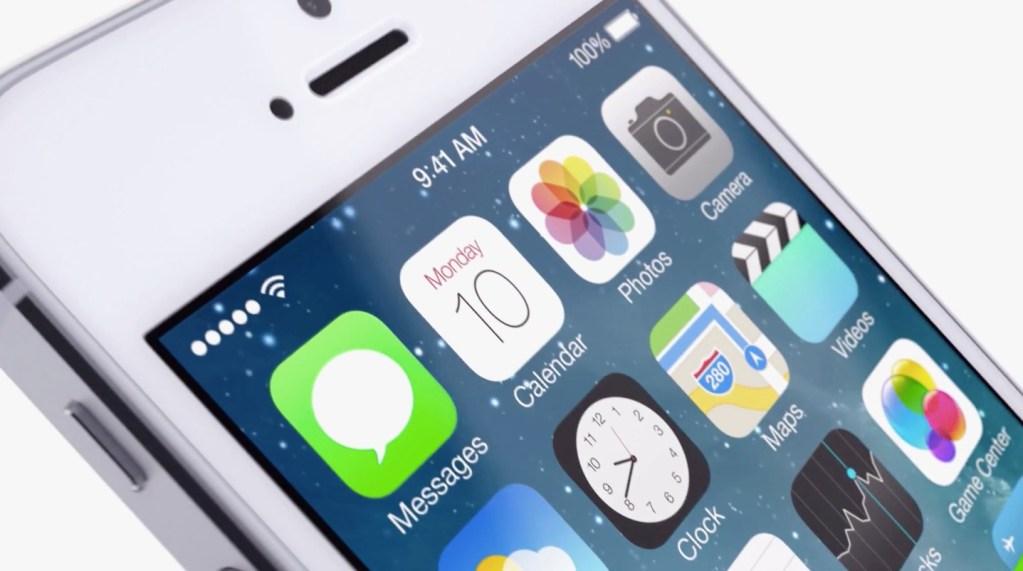 Apple presenta il nuovo iOS 7: interfaccia utente rinnovata