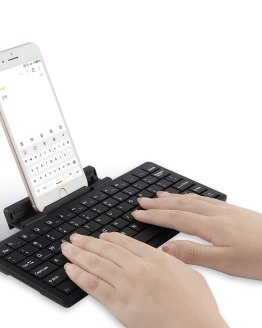 Bluetooth Keyboard For iPhone 11 2019 X XS XR XS Max 8 7 6 6S Plus 5 5se Mobile phone Wireless bluetooth keyboard Stand Case