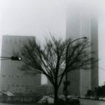 1986年 稲越功一『記憶都市』《12、MAR,'86新宿》