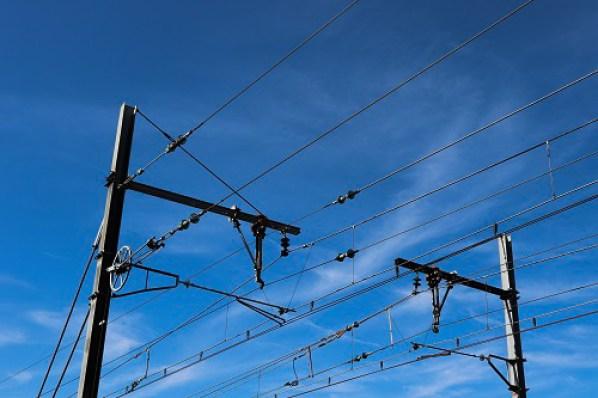 challenge photo 365 15ème jour câbles électriques de voix ferrée