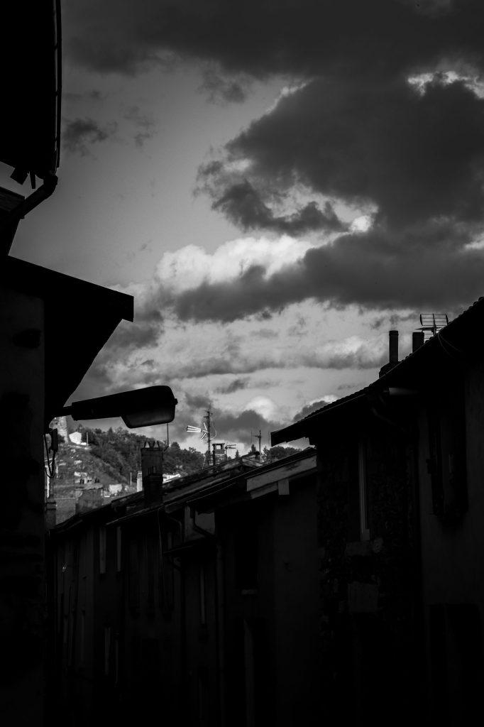 challenge 52 photo noir et blanc ciel nuageux