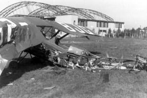 Львів, знищений польський літак на аеродромі, вересень 1939 року