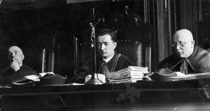 Суддівська колегія, 1933