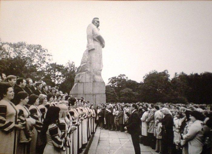 Пам'ятник Іванові Франку у Львові