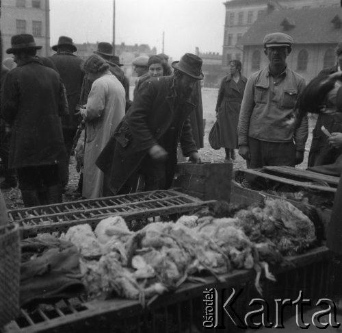 1931-1935. На ринку