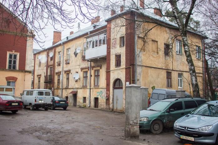 На території фабрики Левинського у наші дні, фото 2015 року