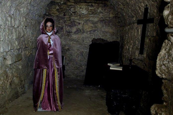 Гальшка Острозька в підземеллі Домініканського собору