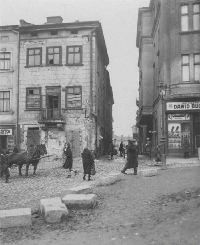 """Вул. Смоча ( нин. Підмурна ), р - н нин. """" Добробуту """",1930 - ті рр."""