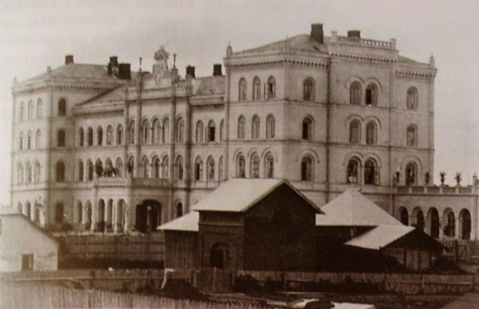 Чернівецький вокзал, фото кінця ХІХ століття